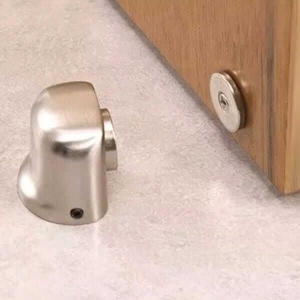 batedor de porta